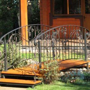 Мостики садовые